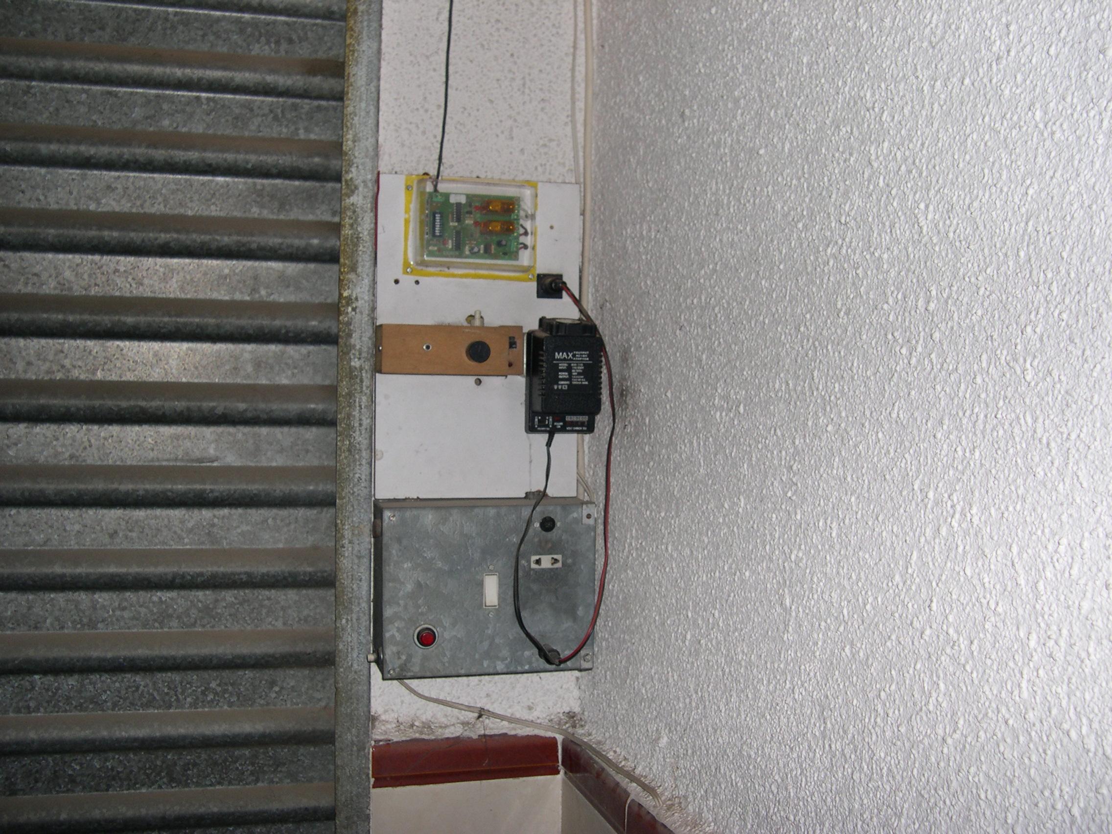 elevador cierre autom tico puert